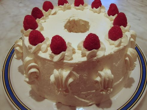 Meringue Transformation: Overnight Torte