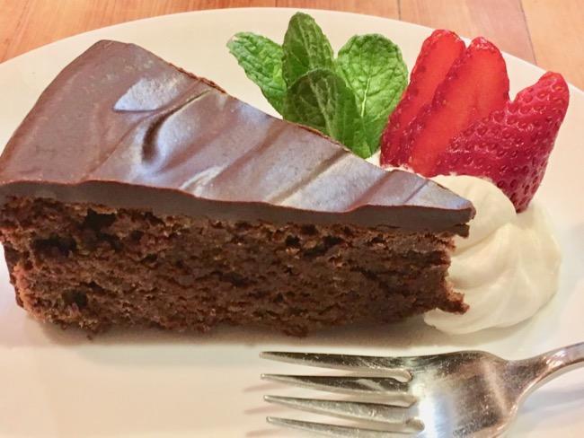 Maida Heatter's Queen Mother's Cake